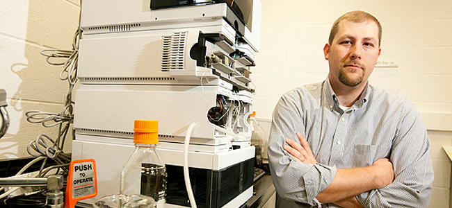 Jamie Young receives 2012 DOE Early Career Award